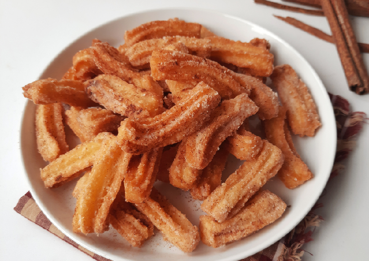 16. Mini Cinnamon Churros (no mixer)