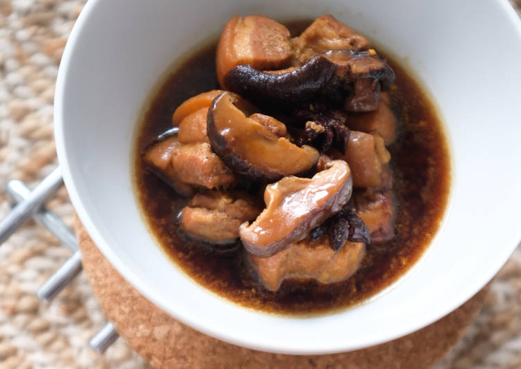 Easiest Way to Prepare Award-winning Pork Belly Stew with Shitake Mushroom