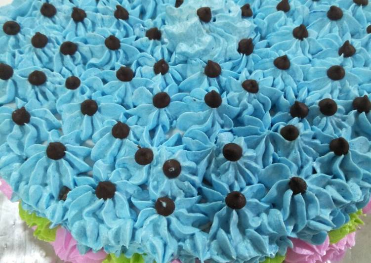 Simple Chocolate Cake - Birthday Cake untuk Cindy - cookandrecipe.com