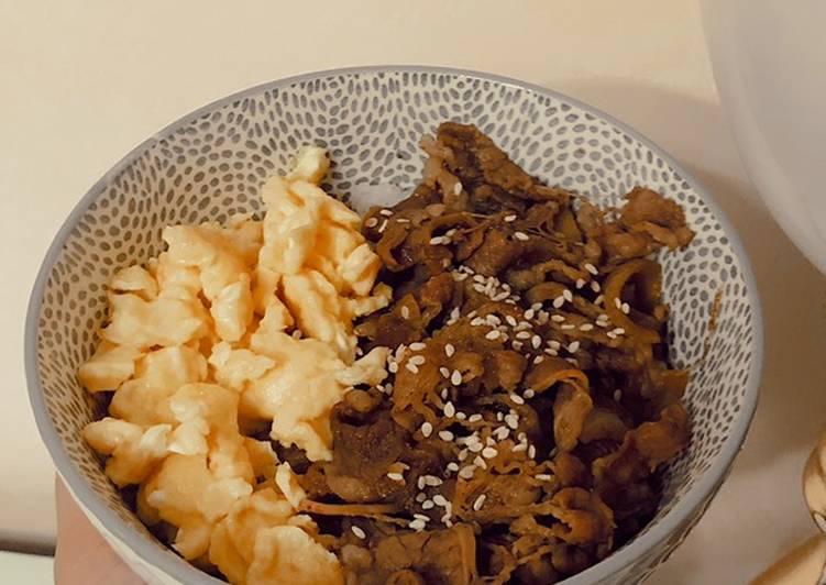 Teriyaki Beef Bowl ala yoshinoya