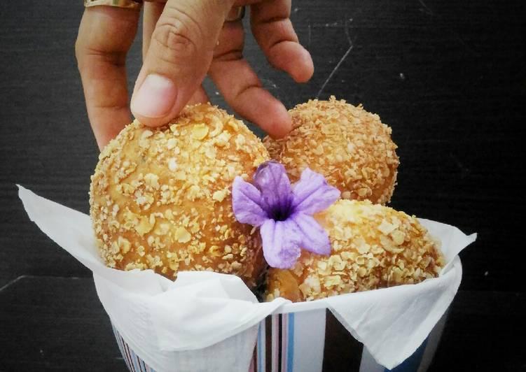 Roti Goreng Isi Pisang Coklat Keju (No Telur)