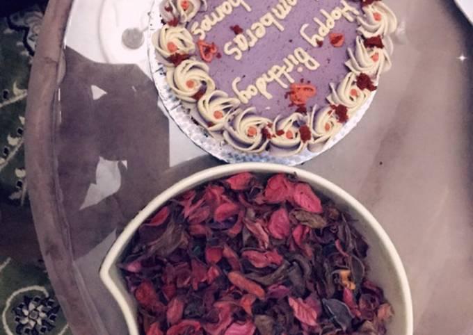 Redvelvet birthday cake