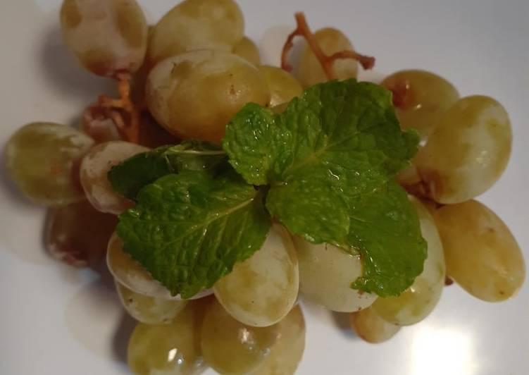Nyemil sehat anggur hijau