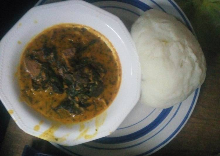 Bitter leaf soup served with poundo yam, Apples Can Certainly Have Massive Advantages For Your Health