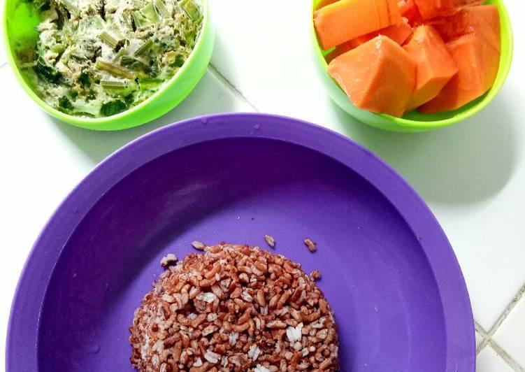 Resep Diet Sehat Telur Dadar kukus Buat Anak Kost, Enak