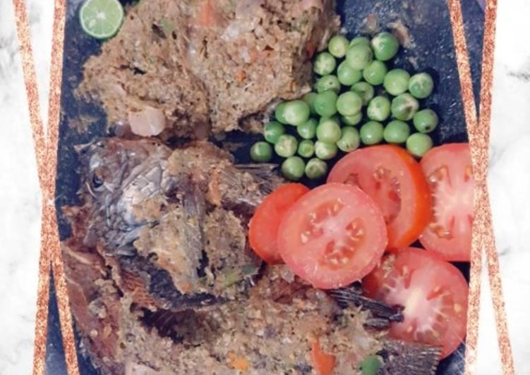 Ikan goreng sambal Natinombur enakkkk bangett