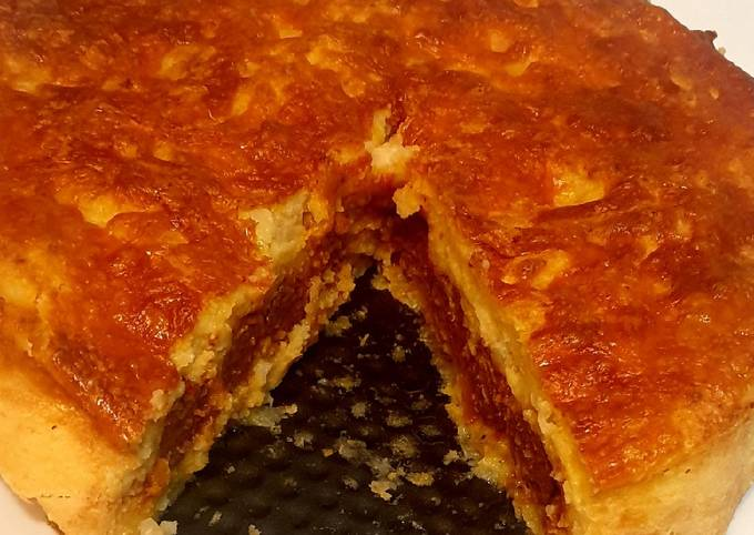 Cheesy Potato and Sausage Pie
