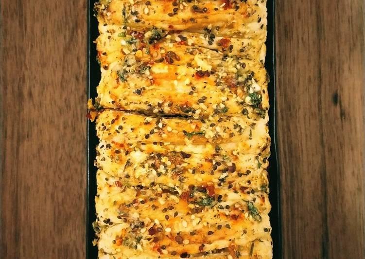 Absolutely Ultimate Dinner Easy Favorite Pull apart garlic bread
