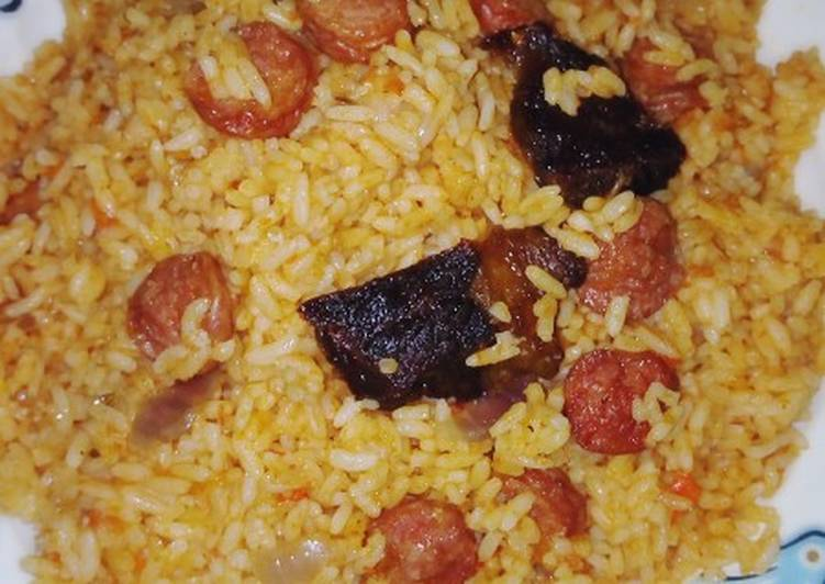 Jellof rice and sausage