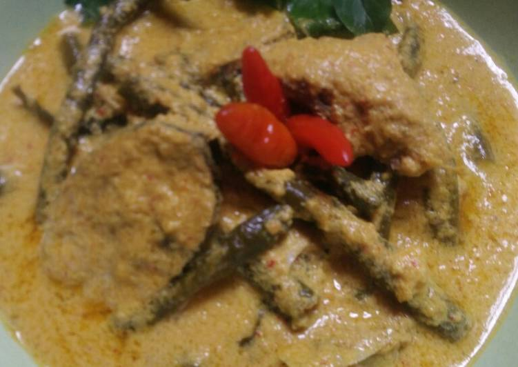 Gulai ikan tongkol kacang panjang
