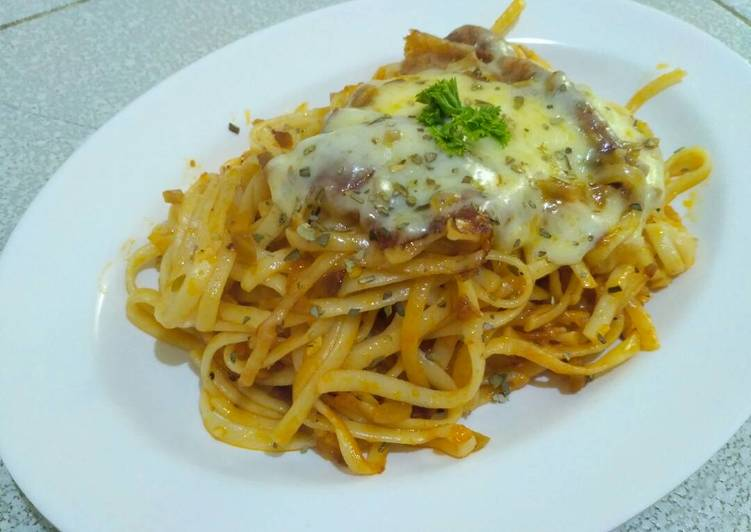 Resep Fettucini Saus Bolognese Homemade Oleh Rainy Mulki Cookpad