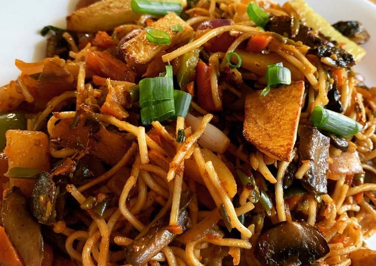 Recipe: Tasty Spicy Schezwan Noodles