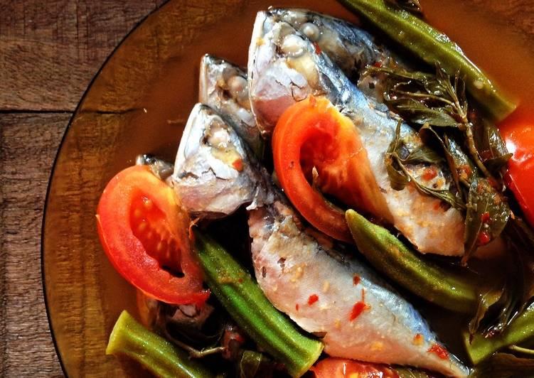 Asam Pedas Rebus Ikan Kembung