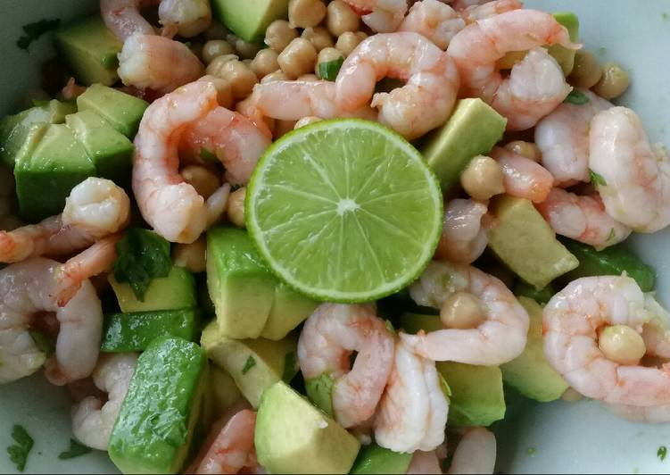 Chickpea, avocado & prawn salad with lime, chilli and coriander