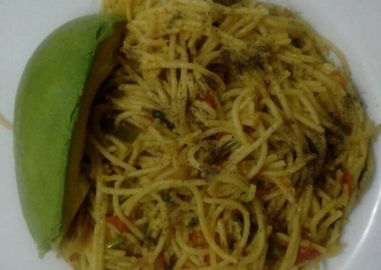 Spaghetti mix and ovacado