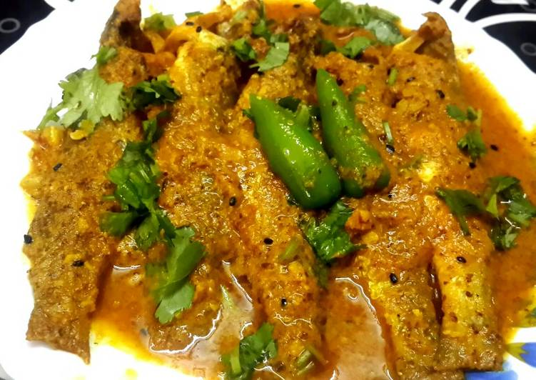 Recipe of Homemade Shorshe Posto Parshe/Mullet fish in mustard poppy seed paste