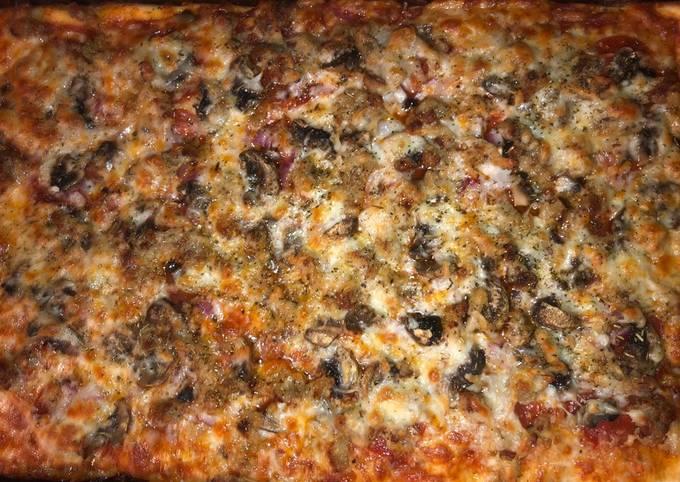 Delicious pizza 🍕