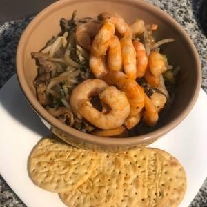 Chop Suey con camarones para dieta