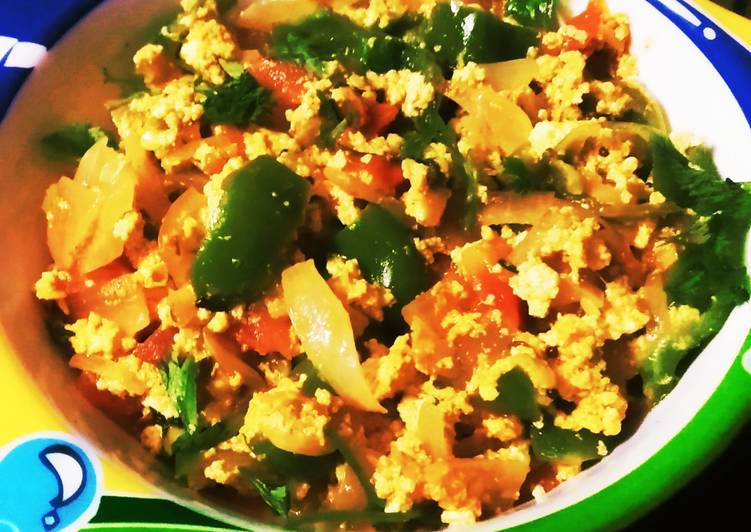 What is Dinner Easy Speedy Paneer Keema Masala