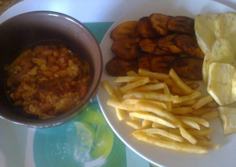 Fried Plantain/Irish potatoes with Scrambled Egg sauce