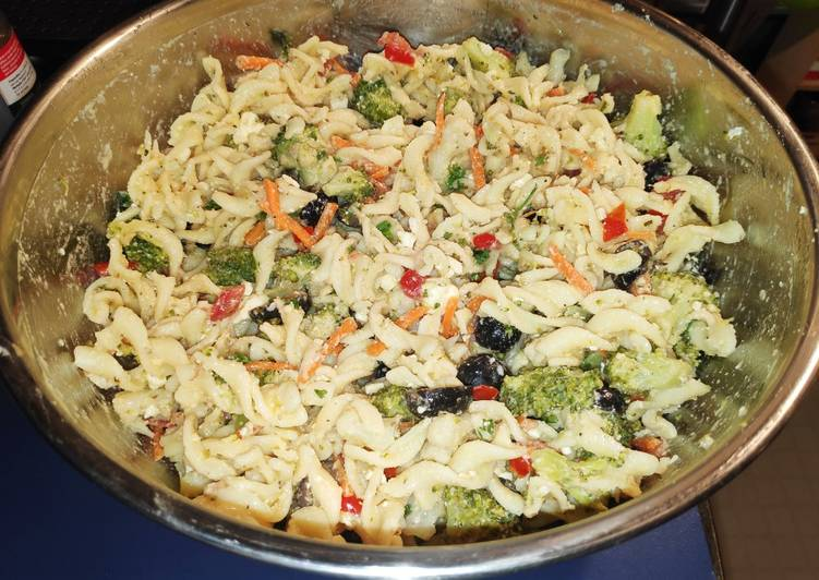 Greek Pasta Salad (Version 1)