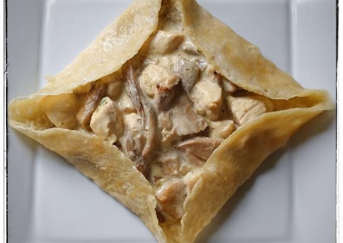 """""""Crêpe"""" fourrée aux cèpes et poulet"""