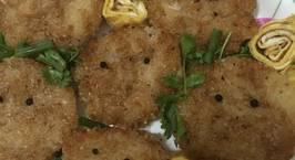 Hình ảnh món Cơm chiên giòn ăn kèm trứng cuộn (Onigiri chiên giòn)