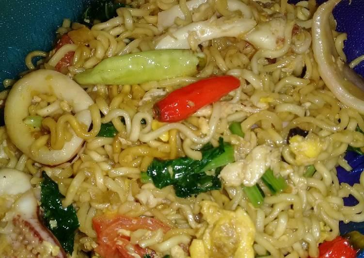 Mie Goreng Seafood Simple Enak