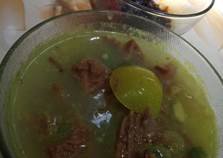 Soto Daging (Beef Soup with coconut milk and turmeric)