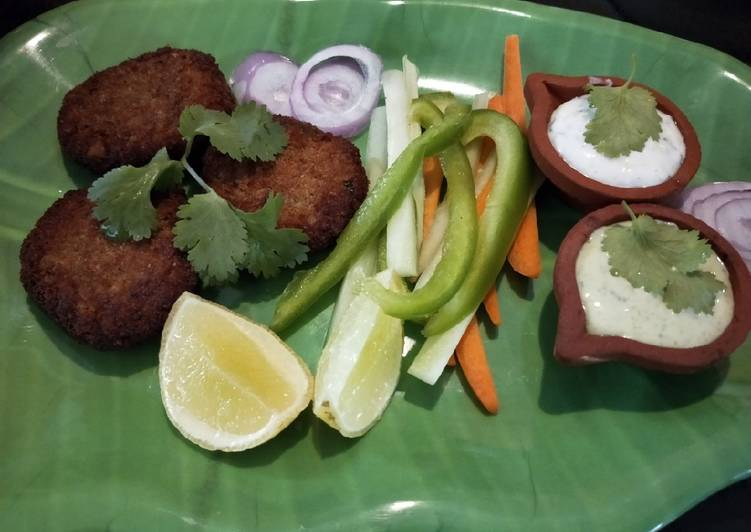 Simple Way to Prepare Super Quick Homemade Seer fish cutlet with mint mayo and garlicky yoghurt dip