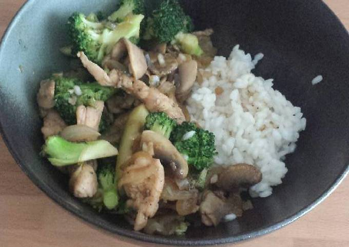 Wok Style Sautée Vegetables and Chicken