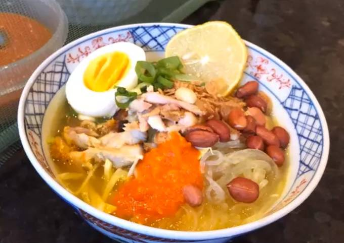 """Recipe of Homemade Instant Indonesian """"Soto Ayam"""" (Yellow Chicken Soup)"""