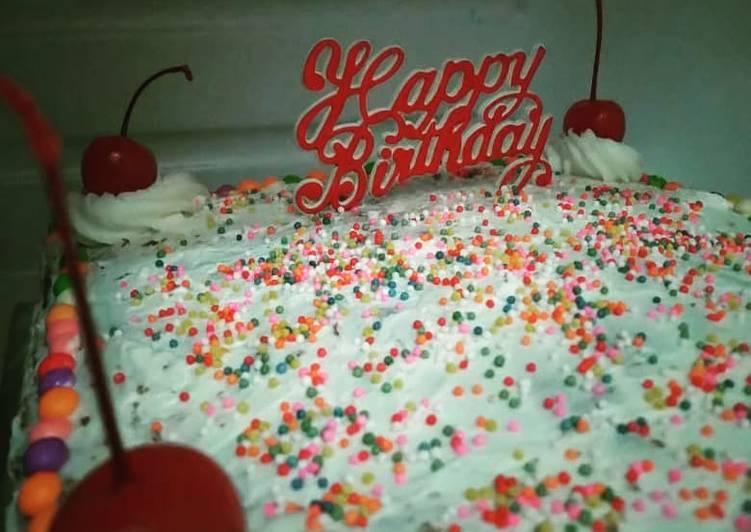Kue Ulang Tahun Sederhana (Cake Birthday) - cookandrecipe.com