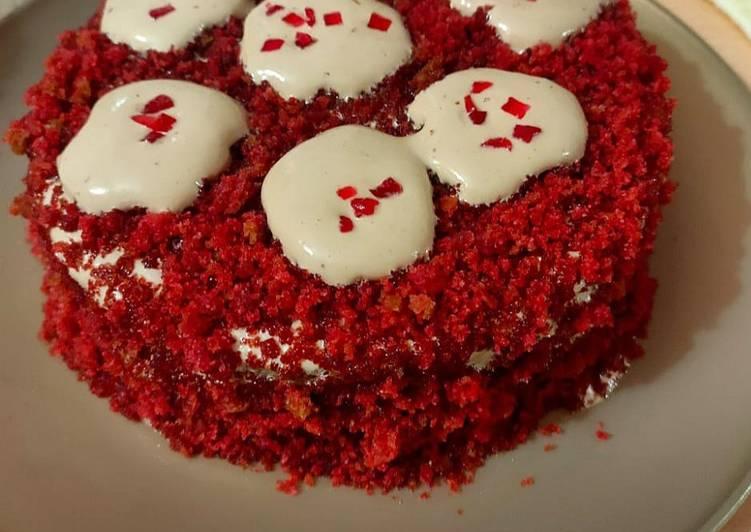 Dalgona Coffee Red Velvet Cake