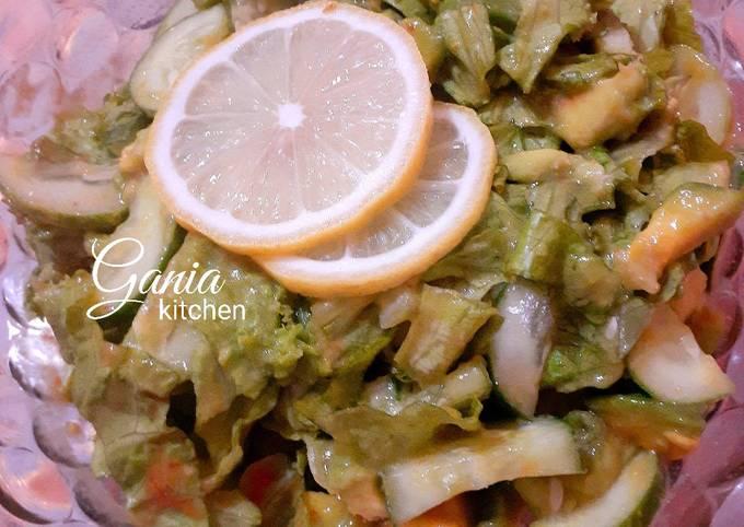 Cara Gampang Membuat Salad Sayur Alpukat, Bisa Manjain Lidah
