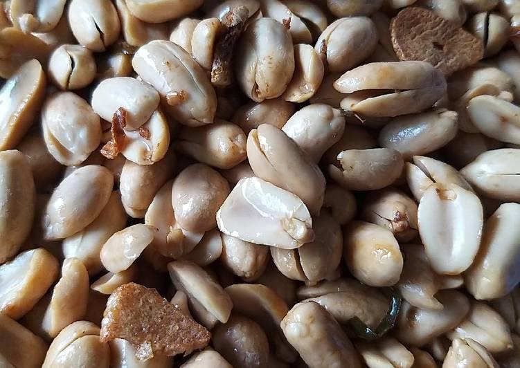 Kacang Goreng Daun Jeruk