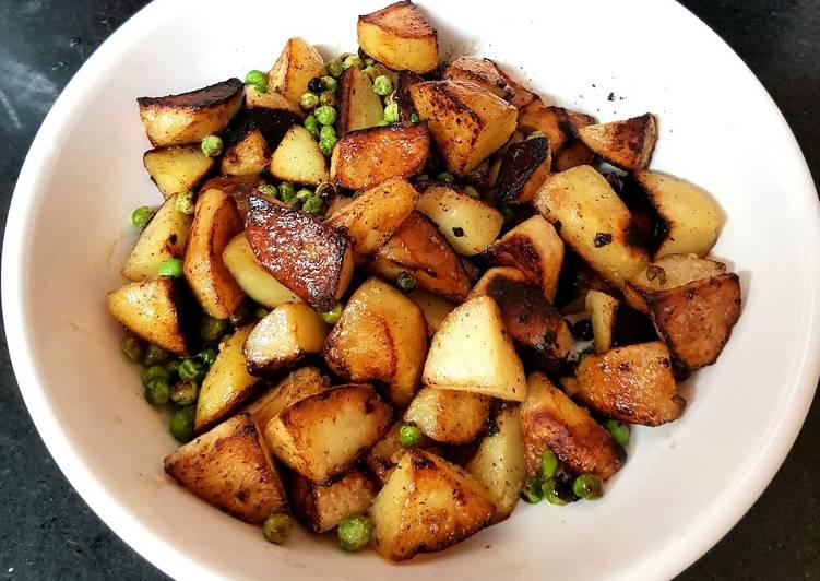 My Sautèed mini Potatoes + Petite Pois😉