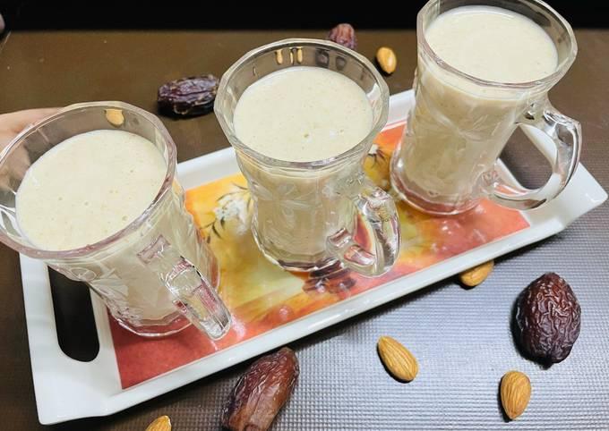 Almond Banana Dates Smoothie