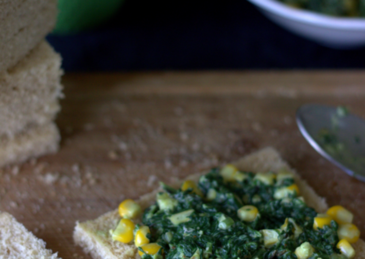 Low fat spinach and corn sandwich