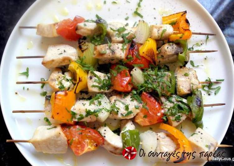 Swordfish souvlaki with vegetables