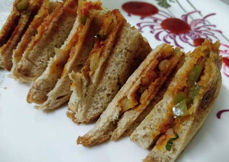 10 Minute Steps to Prepare Fall Veg Masala Sandwich