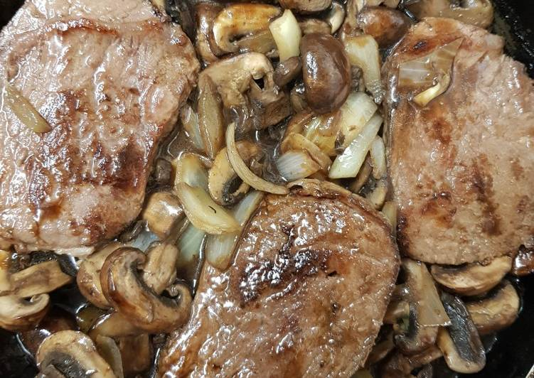 Steak in mushroom sauce, Help Your To Be Healthy And Strong with Food