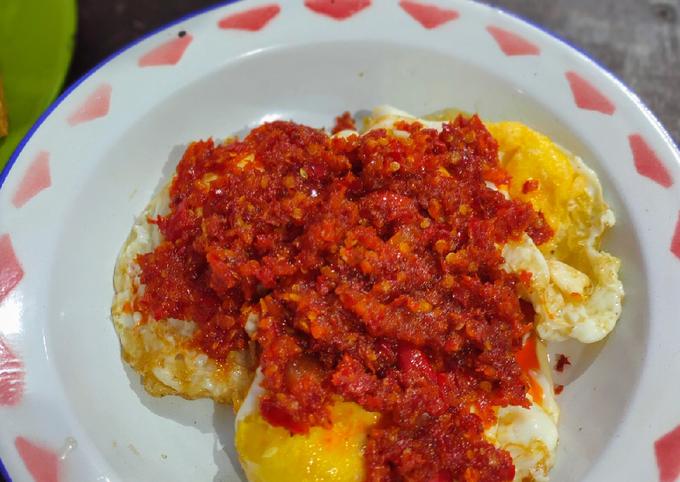 Balado telur ceplok