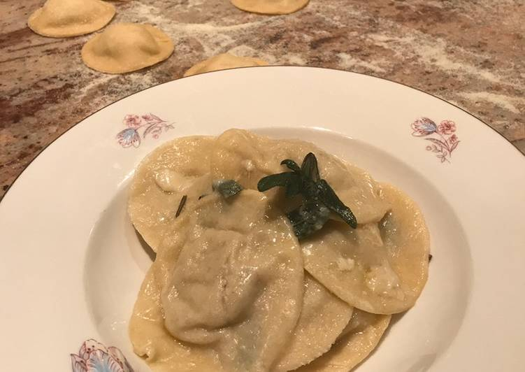 Foods That Make Your Mood Better Mushrooms and ricotta ravioli (V) with butter and sage