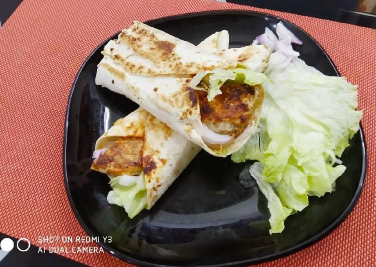 How to Prepare Super Quick Homemade Chicken wrap