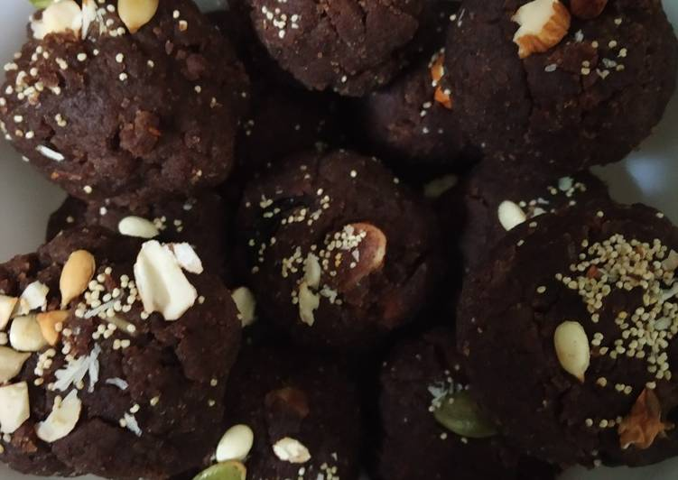 5 Minute Easiest Way to Make Super Quick Homemade Millet laddoo (nachni)