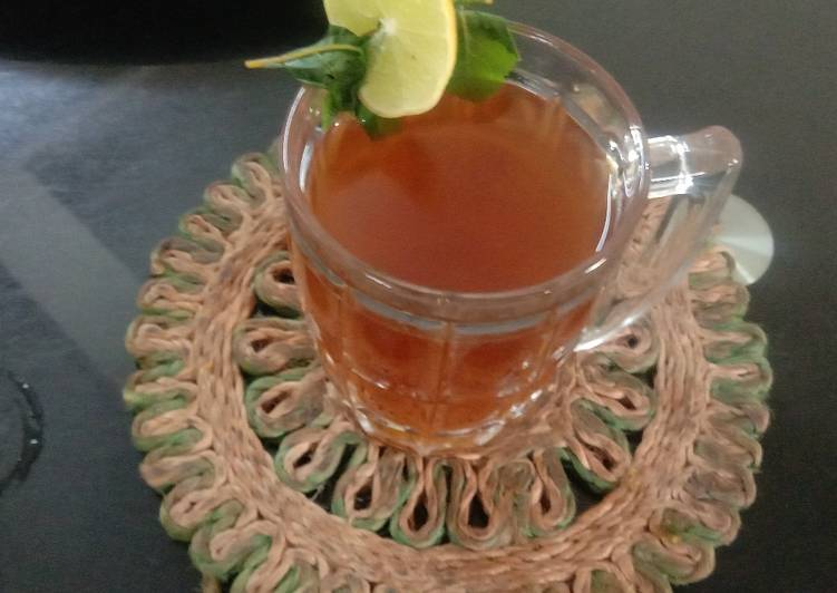 Try Using Food to Boost Your Mood Immunity Harbal drink