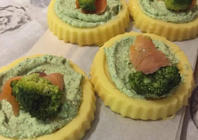 Recipe: Perfect Tortini di polenta con broccoli e salmone #ciaksicucina #cookpad