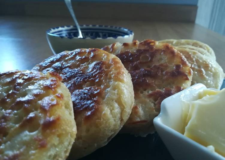 Easiest Way to Make Quick Crumpets