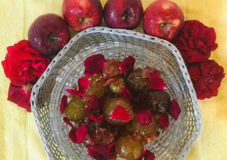 Recipe of Favorite Apple-Rose Petals Murabba